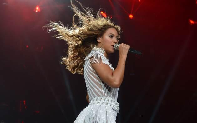Beyonce performs on stage during 'The Mrs. Carter Show World Tour' at the Toyota Center on July 15, 2013 in Houston -- Getty Premium