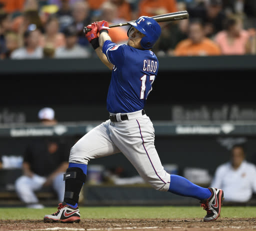 Moreland hits 2 HRs to lead Rangers past Orioles 8-6