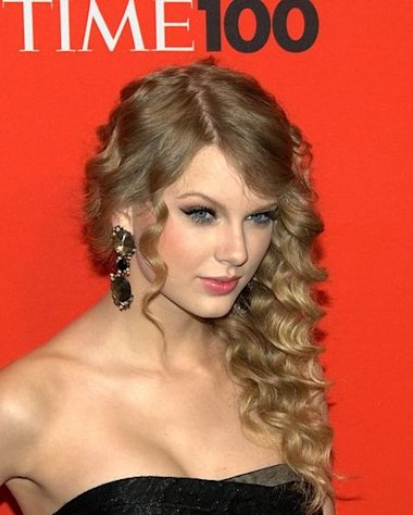 "Taylor Swift has a hit on her hands with her latest record, ""Red."""