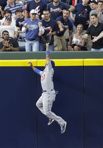 Gattis, Simmons hit HRs as Braves top Dodgers 3-1