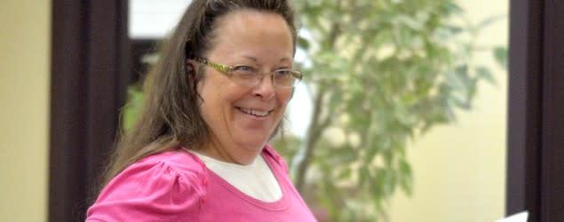 Kentucky clerk denies marriage licenses again