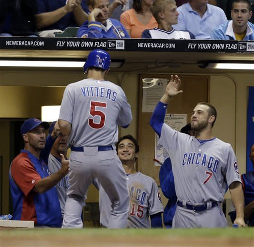 Lucroy's 2 homers lead Brewers over Cubs 9-5
