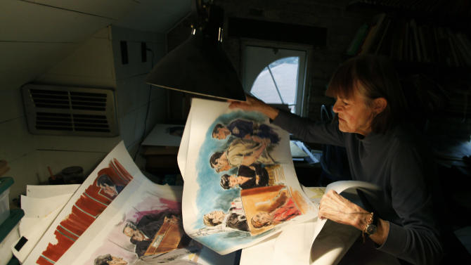 This Thursday, Jan. 26, 2012, photo, shows courtroom sketch artist Carol Renaud in her Chicago home studio. Artists have drawing legal proceedings since the Salem witch trials to the recent corruption trial of impeached Gov. Rod Blagojevich, but their ranks are thinning as states lift courtroom camera ban. Just 14 states still have prohibitions in place, amd three of those states, Minnesota, South Dakota and Illinois, recently moved to end theirs. (AP Photo/Charles Rex Arbogast)