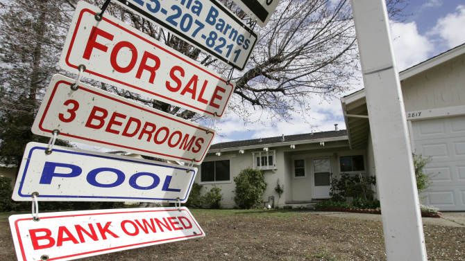 RealtyTrac: US home repossessions fell in March