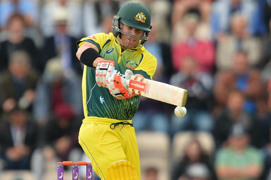 Aussie opener Warner on slow road to recovery after breaking thumb