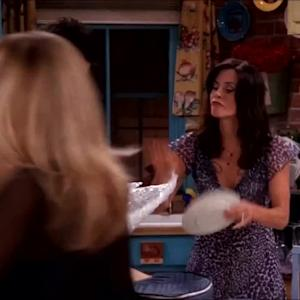 The 6 Funniest 'Friends' Thanksgiving Moments