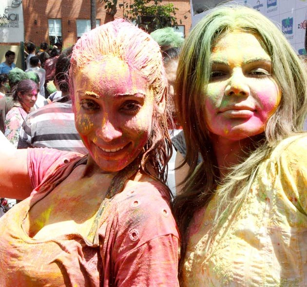 Celebs & holi | Bollywood celebrates Holi - Yahoo OMG! India