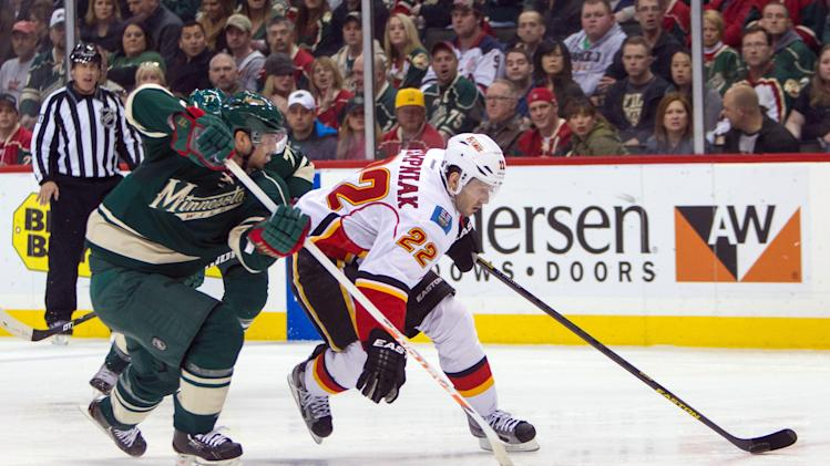 NHL: Calgary Flames at Minnesota Wild