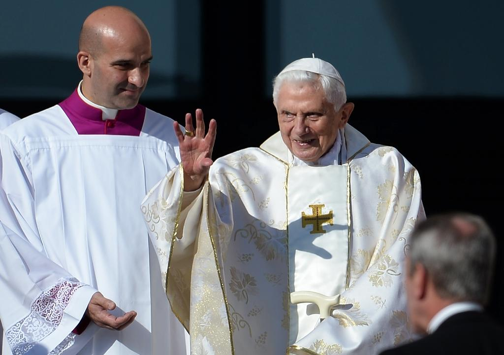 Two years on: forgotten pope sees out days in the shadows