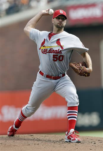 Cardinals score 9 runs in 4th vs Cain, beat Giants