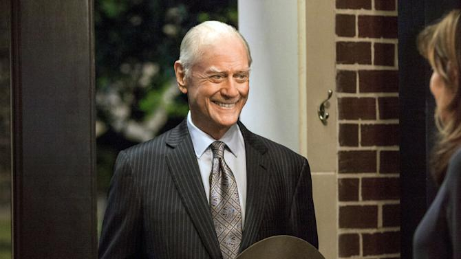 'Dallas' returns with J.R. Ewing's final schemes