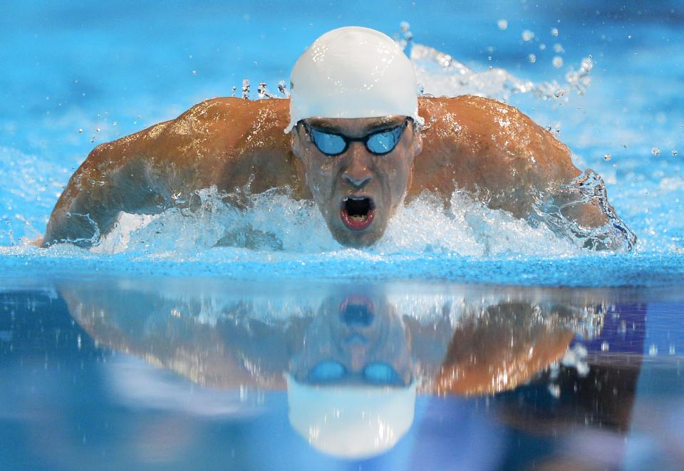 Michael Phelps swims in the men's 400-meter individual medley final at the U.S. Olympic swimming trials, Monday, June 25, 2012, in Omaha, Neb. (AP Photo/Mark J. Terrill)