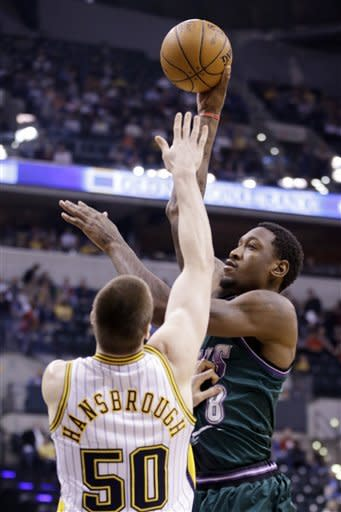 Hansbrough leads Pacers past Bucks, 102-78
