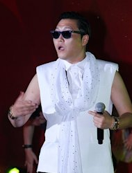 Psy Garap Video Klip Baru di Korea
