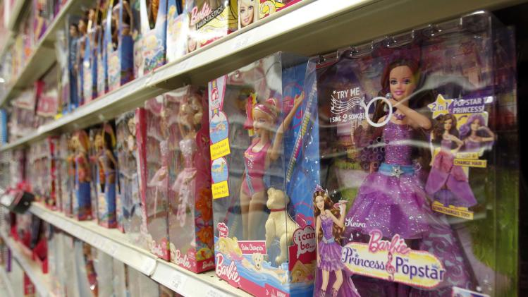 Mattel 2Q profit falls, Barbie sales slide again