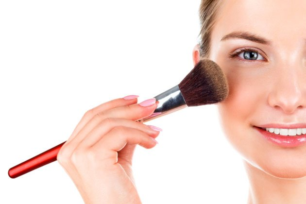 630thinkstock-makeupbrush-jpg_035610.jpg