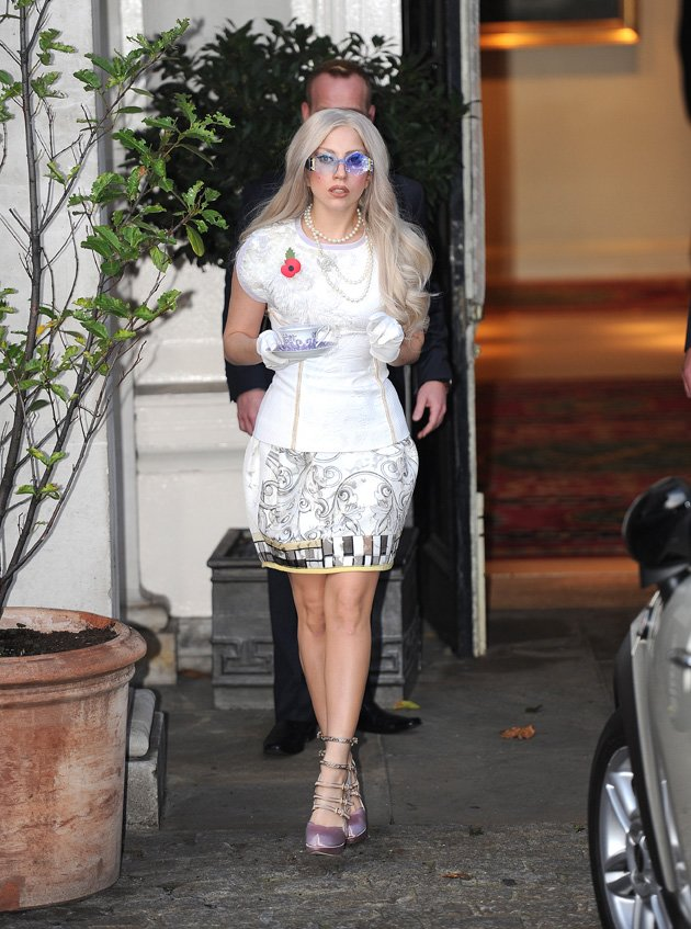 Gaga went through a tea cup …