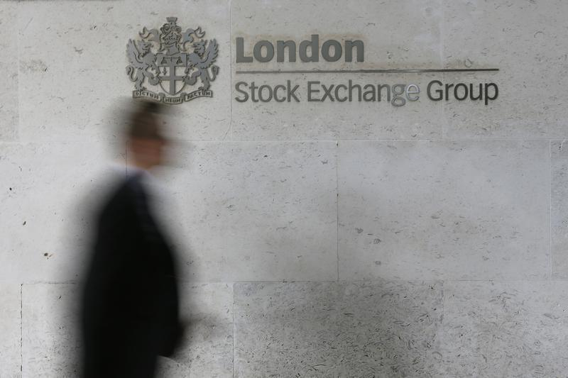 FTSE falls for third day as tech, travel stocks are hit