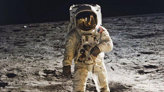 Space Archaeologists Call for Preserving Off-Earth Artifacts