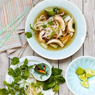 Load &amp; Go Spring Slow-Cooker Chicken Pho