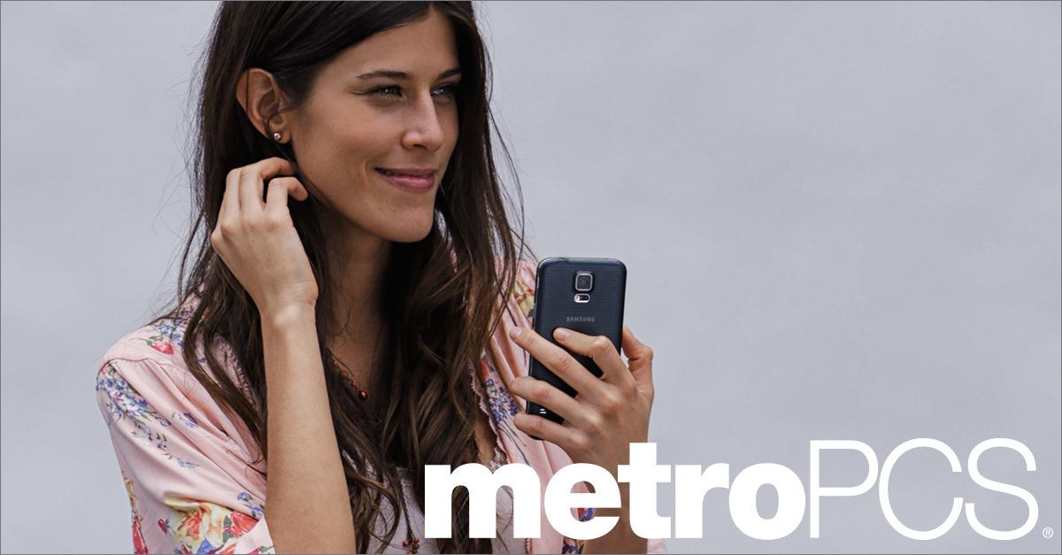 Customers Flock to MetroPCS for Free 4G LTE Phone.