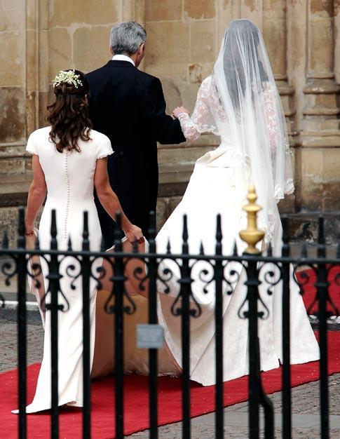 royal-wedding-the-bride12-57-556