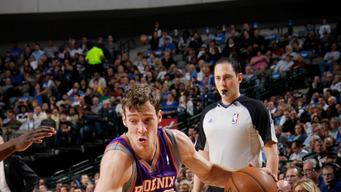 Suns beat Mavs to set up playoff elimination