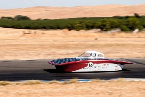 Futuristic-Looking Solar Cars to Race Through Australian Outback