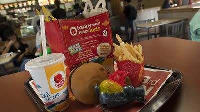 Limiting Calories in Kids' Meals Can Have Positive Impact, Study Says