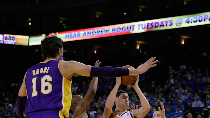 Warriors whip Lakers 125-94 in season opener