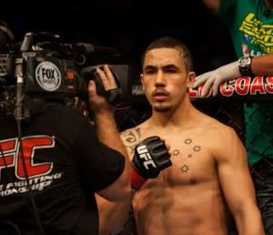 TUF Winners Robert Whittaker vs. Colton Smith Confirmed for UFC 160