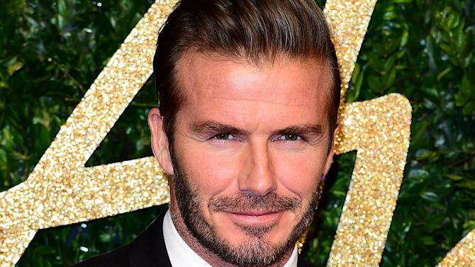 David Beckham Buys Homeless Man A Burger And Beer