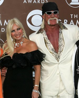 Linda and Hulk Hogan in February 2006