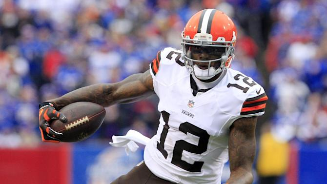 Browns suspend receiver Josh Gordon for violation