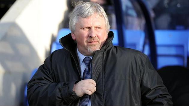 Football - Sturrock infuriated by Southend's poor showing