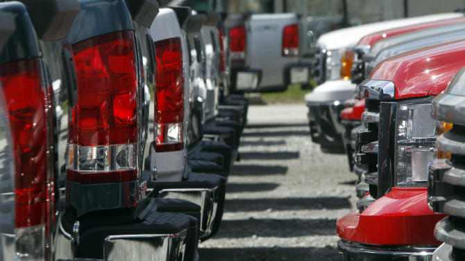 Pickups spur increase in April auto sales