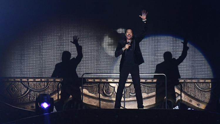 Lionel Richie performs at Motorpoint Arena on Wednesday, Nov. 15, 2012, in Cardiff. (Photo by Jim Ross/Invision/AP)