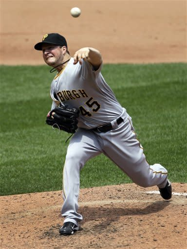 Bedard, Pirates set team mark with 17 Ks vs Cards
