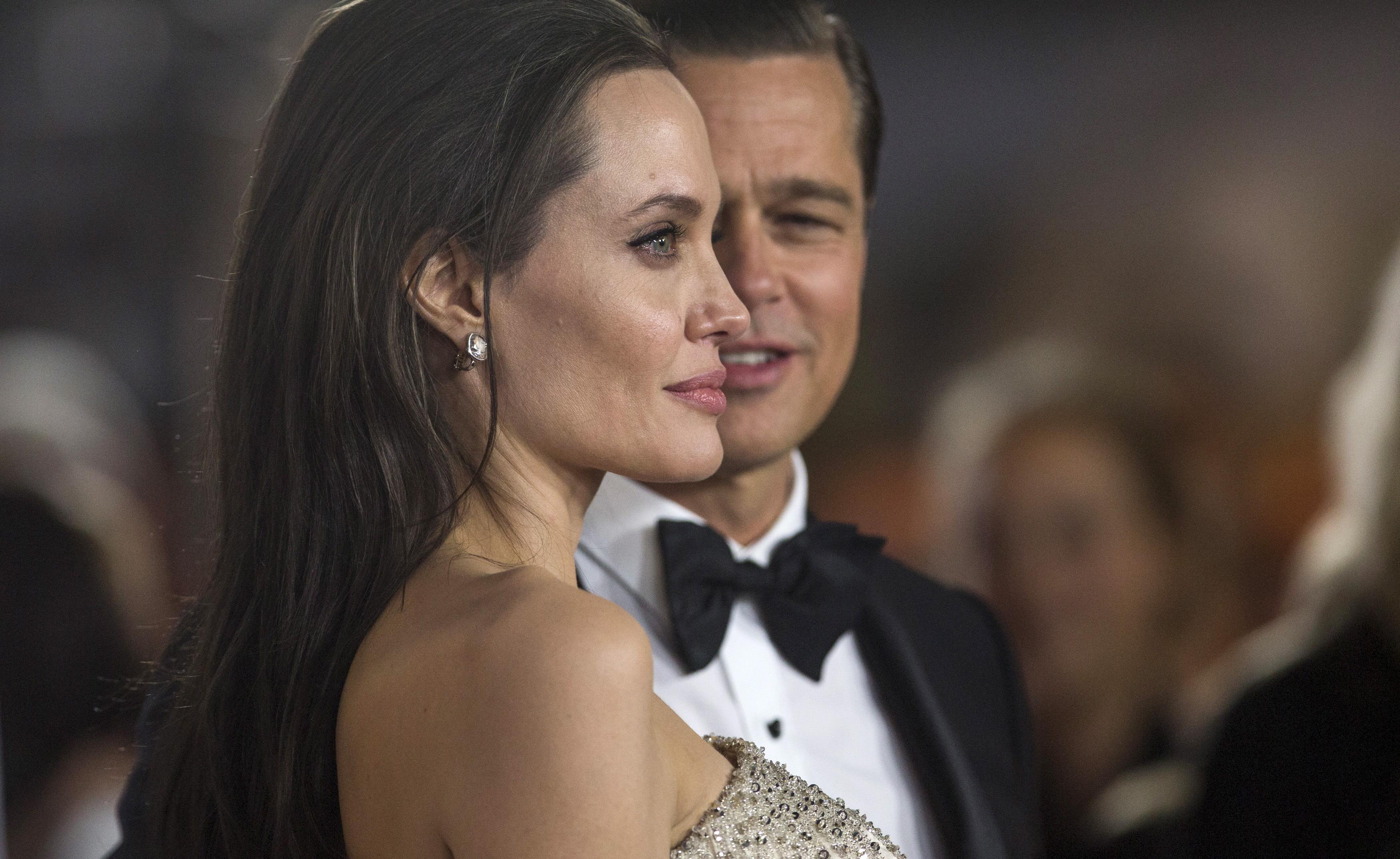 Angelina Jolie's Dad Jon Voight Wants Daughter, Brad Pitt To Get Back Together