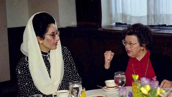 FILE - In this April 7, 1995, file photo, Pakistan's Prime Minister Benazir Bhutto, left, talks to Sen. Barbara Mikulski, D-Md. during a breakfast with women members of the U.S. Senate, on Capitol Hill in Washington. Mikulski, who became the longest-serving woman in the history of Congress, announced Monday, March 2, 2015, that she will not run for-re-election. She was first elected to the House of Representatives in 1976 and has served in the Senate since 1987. (AP Photo/Dennis Cook, File)