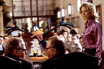 Daffy Duck and Jenna Elfman in Warner Bros. Looney Tunes: Back in Action
