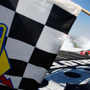 Dillon overcomes final restart to grab checkers