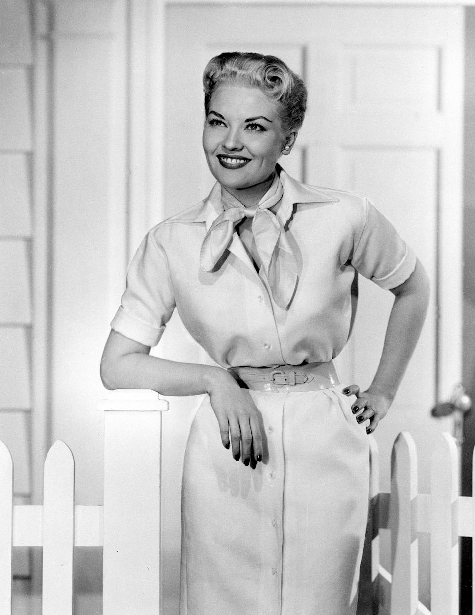 "FILE - This 1958 file photo shows singer Patti Page. Page, who made ""Tennessee Waltz"" the third best-selling recording ever, has died. She was 85. Page died on New Year's Day in Encinitas, Calif., according to her manager.  (AP Photo, file)"