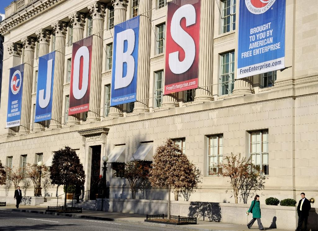 US economic slowdown hits hiring in April
