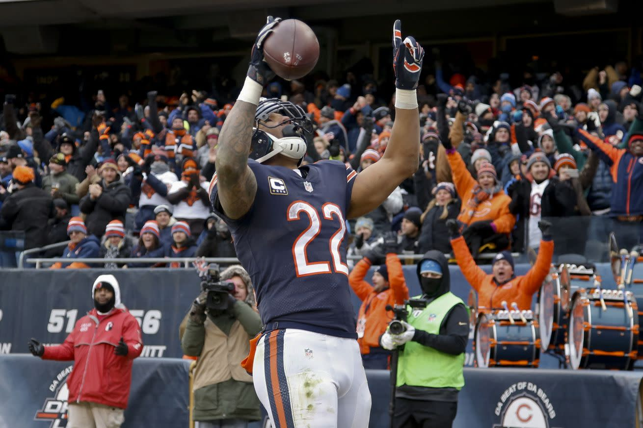 Matt Forte faces the daunting task of convincing teams running backs can produce after 30