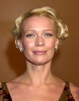 Premiere: Laurie Holden at the Hollywood premiere of Warner Brothers' The Majestic - 12/11/2001