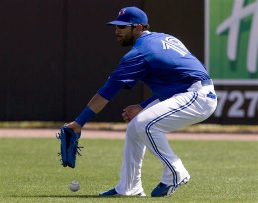 Arencibia, Cecil homer for Jays in win over Yanks