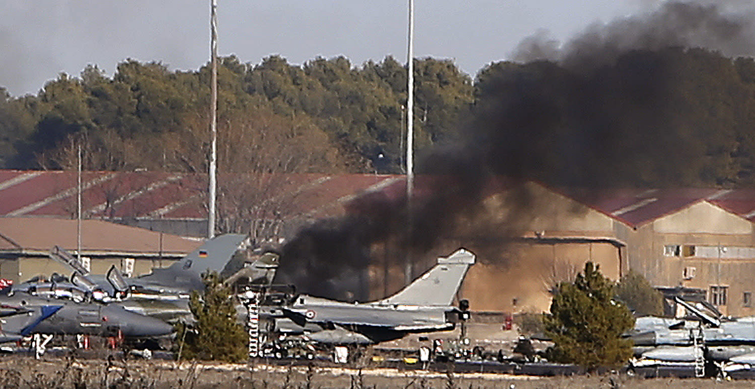Spain: 10 dead, 21 hurt in crash of Greek F-16 jet at base