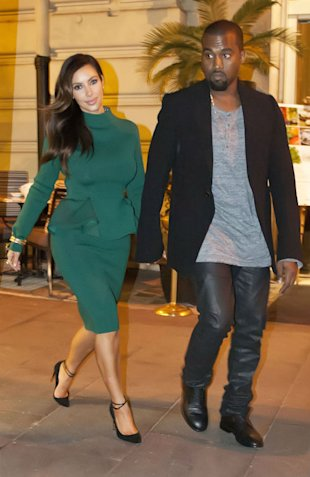 Au Revoir! Kim Kardashian And Kanye West Leave Paris For Italy As They Continue 'Babymoon'
