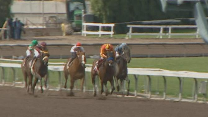 Santa Anita Race Track's winter races under way despite rain